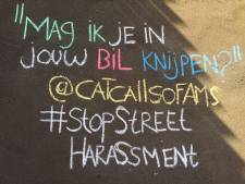 Claudia (27) krijt seksistische teksten op de stoep als protest: 'Die is nog lekker strak...'