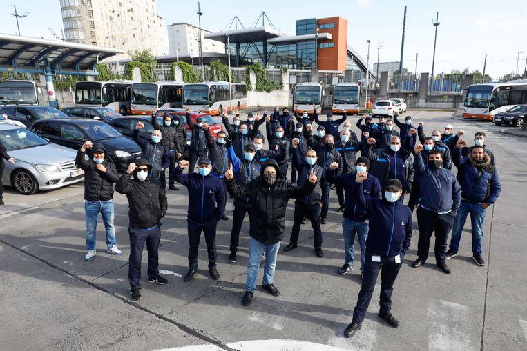 Maandagochtend hielden chauffeurs van de STIB - MIVB een spontane actie aan het depot. Ze hebben een aantal veiligheidseisen. Beeld BELGA
