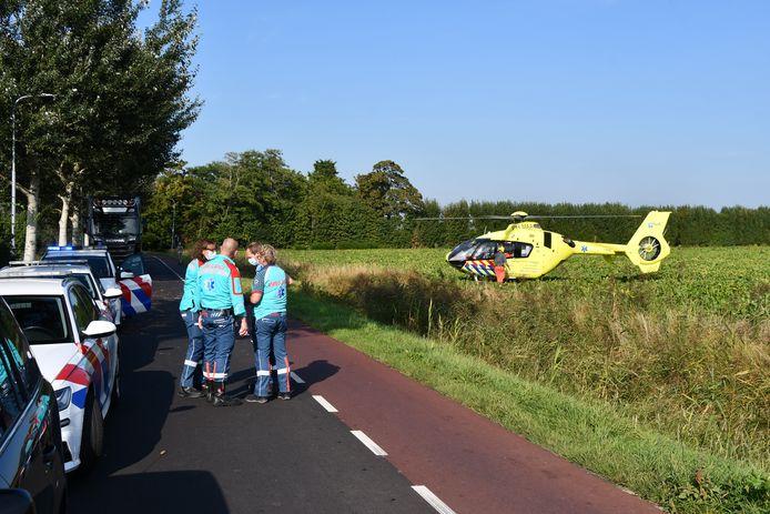 De Rotterdamse traumaheli op de plek van het ongeluk.