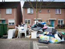 '25 euro betalen en dan wordt het grofvuil niet opgehaald omdat de buurt er spullen bij zet!'