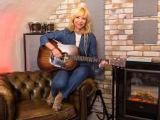 Claudia de Breij duikt kelder in: 'Samen muziek maken is elkaar je ondergoed laten zien'