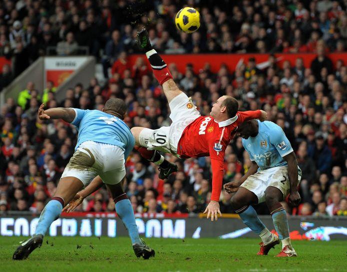 De omhaal van Wayne Rooney tegen Manchester City in 2012.
