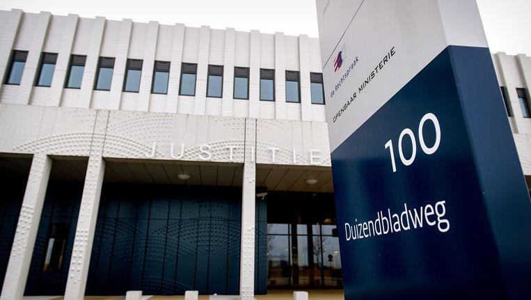 De aanklagers eisen zes jaar in de extra beveiligde rechtbank op Schiphol Beeld anp