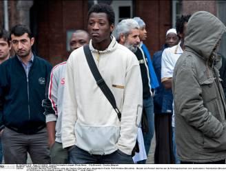 Nieuwe asielzoekers aan lot overgelaten