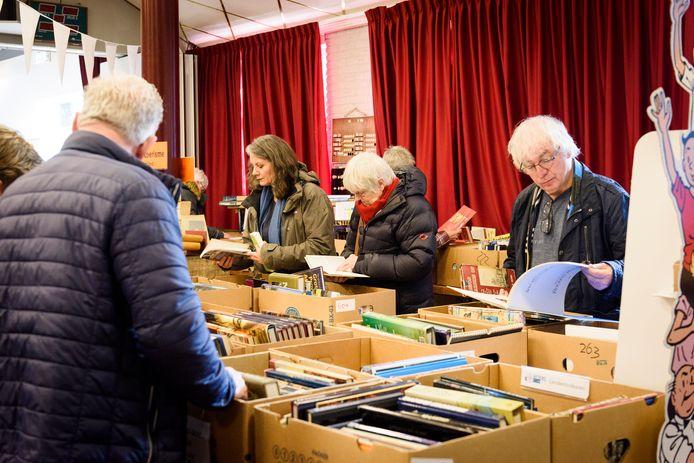 De boekenmarkt in dorpscentrum d'Ouw School ging afgelopen jaar niet door met als gevolg dat de kelder uitpuilt met boeken. Vandaar dat er op 11 juli een Kelderverkoop plaatsheeft op het schoolplein van St Jan Baptist in Oerle.
