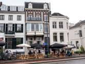 Bemiddeling mislukt: buurvrouw zet bezwaar door tegen coronaterras van Arnhems café