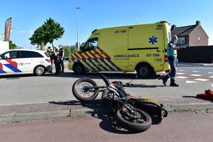 De scooter na het ongeluk in Haalderen.