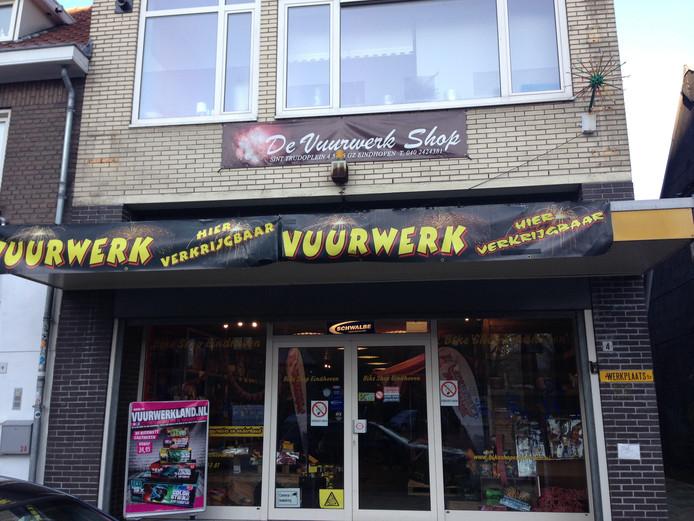 Voorkant van de Vuurwerkshop Eindhoven.