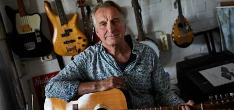 Lochemse zanger en muzikant Jan Ottink snakt naar optredens: 'Pas in de zomer kwam bij mij de creativiteit weer los'