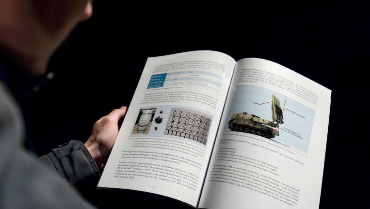 Beeld van het rapport van de OVV over de MH17-ramp. Beeld epa
