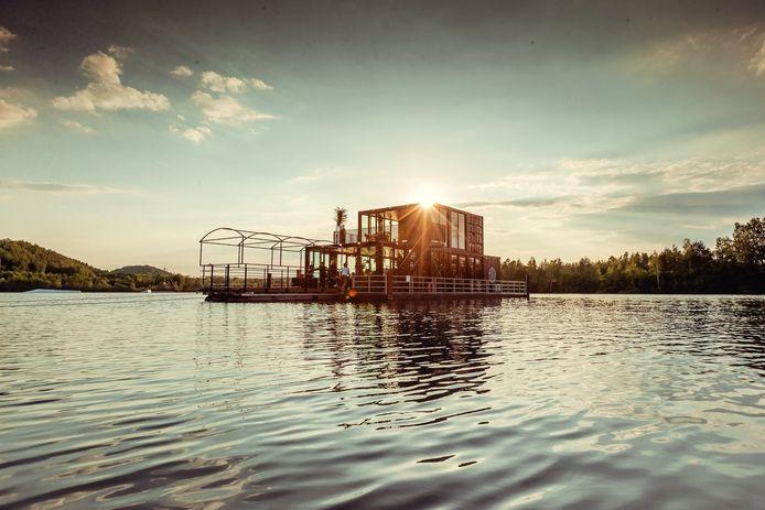 Dinner on the Lake