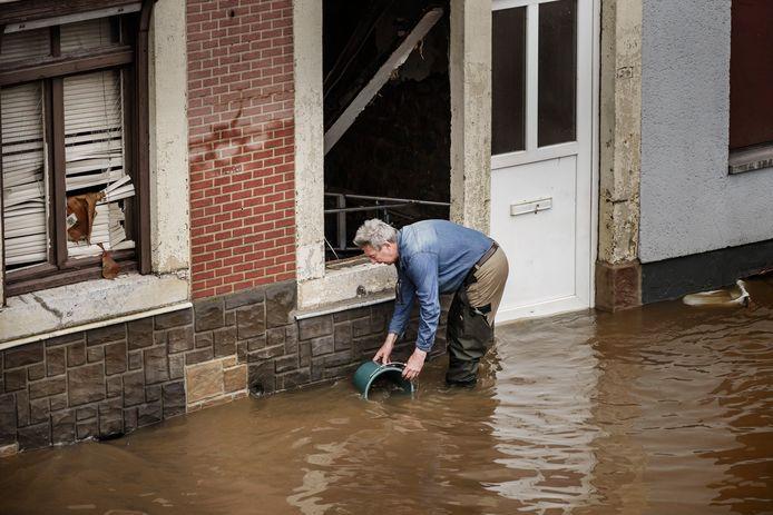 De overstromingen hebben tot heel wat ravage geleid.