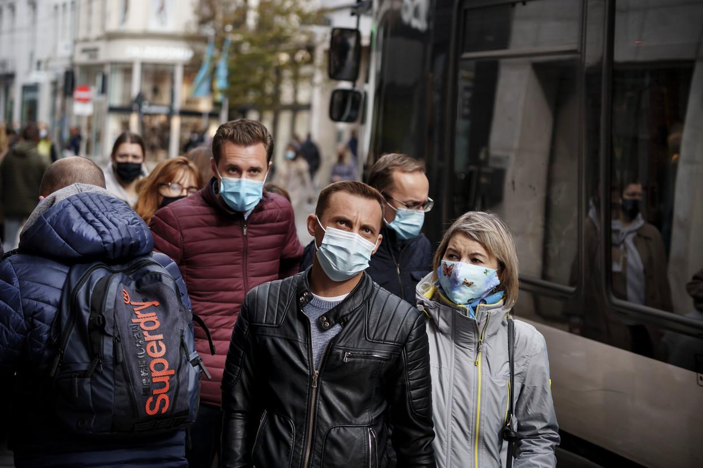 Pierre Van Damme (epidemioloog UAntwerpen): 'Die rankings geven een relatief beeld van waar we staan. En dat is bij de landen die het echt moeilijk hebben.' Beeld Eric de Mildt
