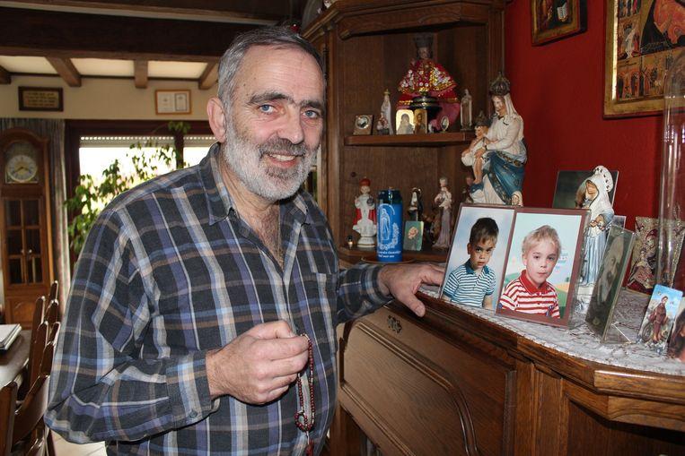 Luc Gheldof stapt naar Compostela als eerbetoon aan zijn overleden zoontjes Jonas en Jonathan.