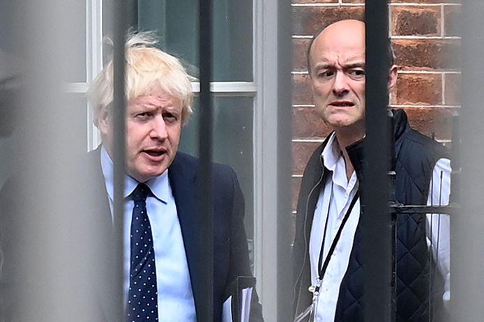 Premier Boris Johnson en zijn toenmalige topadviseur Dominic Cummings begin vorig jaar. In november stapte Cummings op nadat hij in een oplopende machtsstrijd was terechtgekomen.