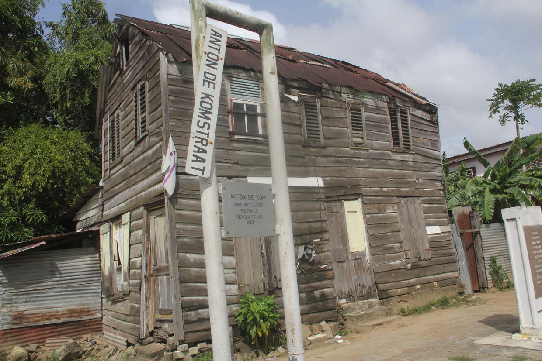 Het geboortehuis van verzetsheld Anton de Kom in Paramaribo staat bijna op instorten.
