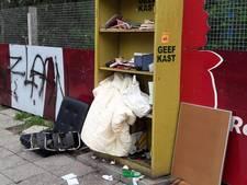Weggeefkasten weggehaald van Vrieseplein en Vogelplein