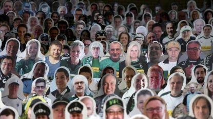 IN BEELD. Borussia Mönchengladbach vult tribunes met kartonnen supporters