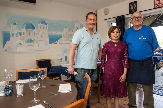 Chary D'Hondt en Mai Luong en hun Griekse chef Kleanthis Sappidis herstarten met frisse moed.