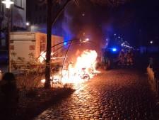 Quatre voitures incendiées à Anderlecht et Forest, des cocktails Molotov à Schaerbeek