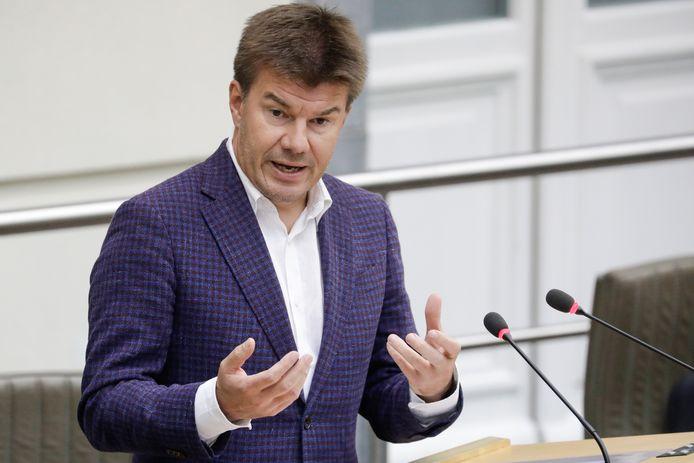 Vorig jaar keurde de Vlaamse regering op voorstel van Mediaminister Sven Gatz (Open Vld) de hervorming van het radiolandschap goed.