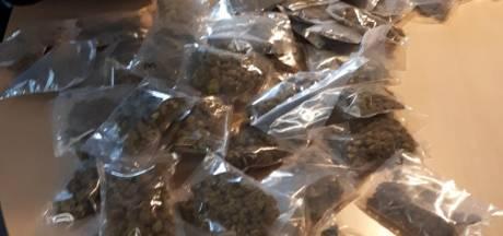 Softdrugs met straatwaarde van duizenden euro's gevonden in huis in Amersfoort