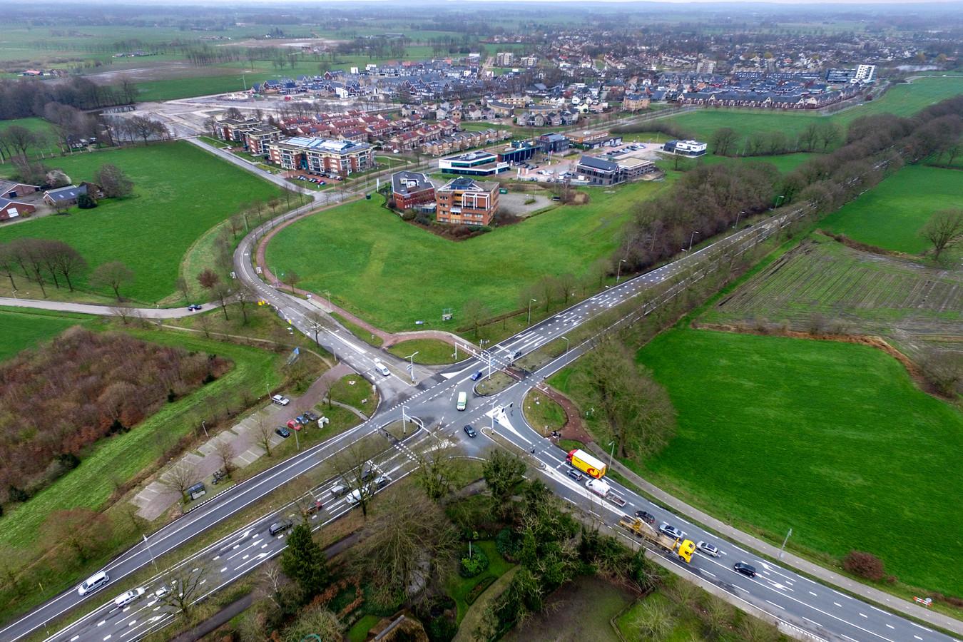 Een dronefoto van Kruispunt Bos.