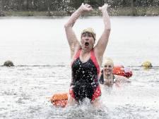 Erin of erop: Elly Rhebergen (63) uit Borculo geniet van water in al z'n vormen