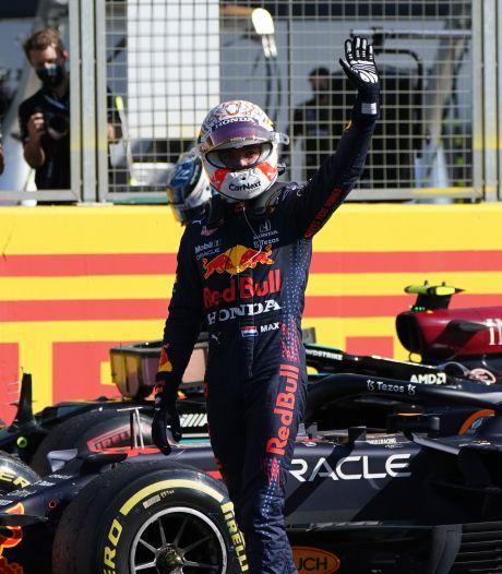 Zelfvertrouwen Hamilton krijgt wéér een dreun na chaotische en vermakelijke sprintrace