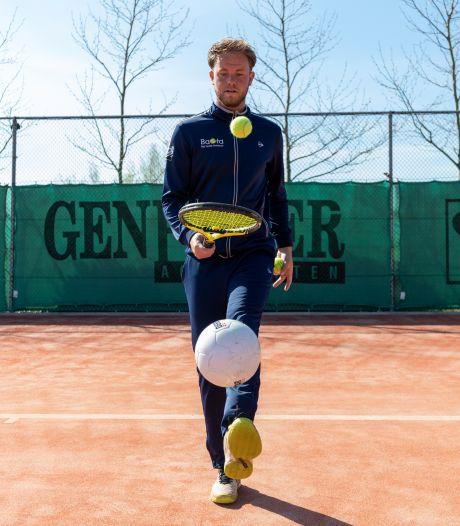 Yannick zit in een spagaat: 'Mijn tennistrainingen zitten ramvol, maar ik kan voetbal niet missen'