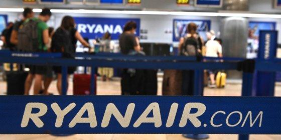 Rechtbank in Spanje legt bom onder omstreden regel van Ryanair voor handbagage