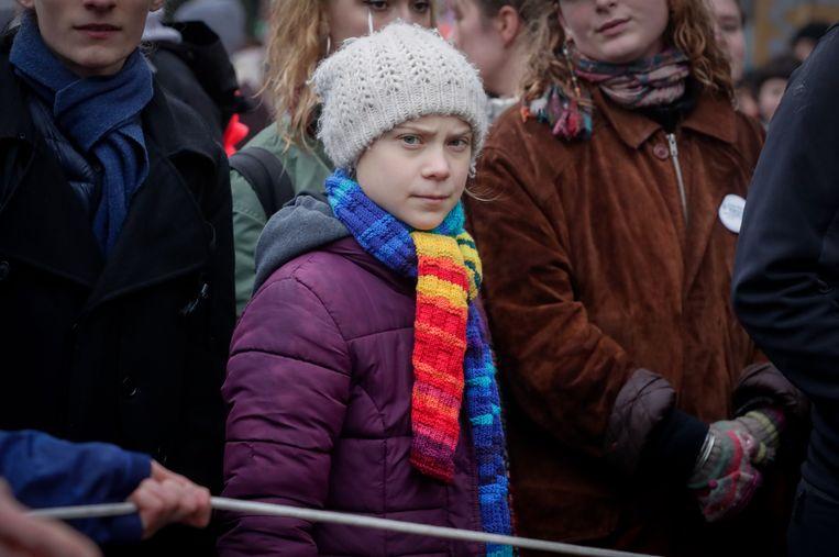 De Zweedse activiste oogde sip en vermoeid tijdens de klimaatstaking in Brussel. Beeld EPA