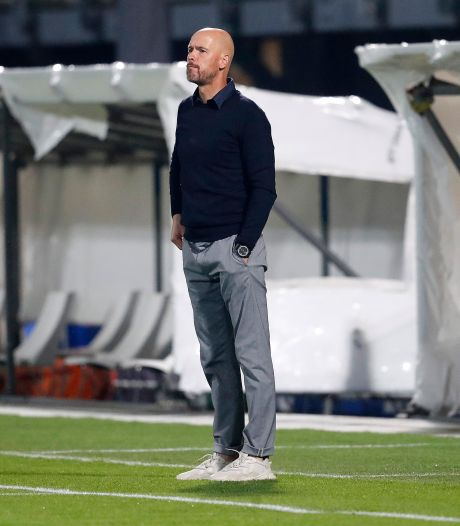 Ten Hag kritisch op Ajax: 'Het was onwennig en we leden veel onnodig balverlies'
