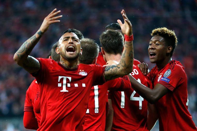 Vidal zweept het publiek nog wat op. Bayern kwam via een afgeweken vrije trap van Alonso op voorsprong.