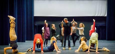 Nieuwe, eigentijdse vorm  bij Veldhovense Revue