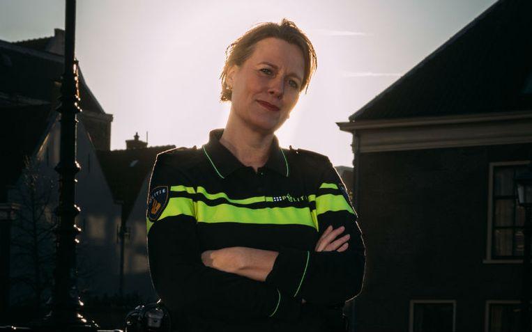 De 52-jarige korpschef van de politie Noord-Holland Anja Schouten wordt de nieuwe burgemeester van Alkmaar. Beeld Rebecca Fertinel