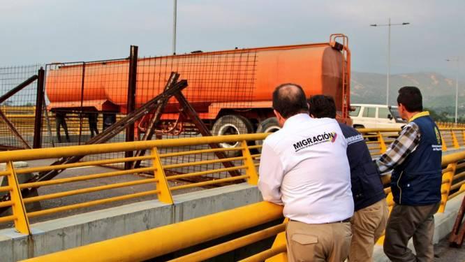 Leger blokkeert brug waarlangs humanitaire hulp Venezuela binnen moet komen