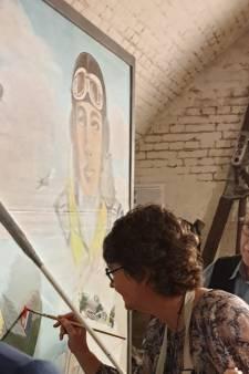 Nieuw-Zeelandse ambassadeur legt laatste hand aan schilderij in Vuren