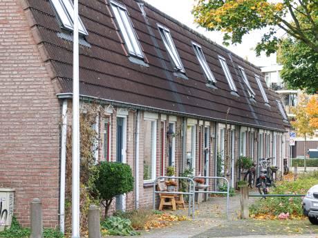 Krijsen, schelden en smijten met meubels: vrouw veroorzaakt al tien jaar lang overlast in deze straat in Zwolle