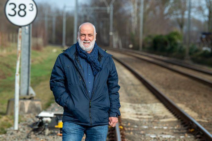 Henk Wiersma, eigenaar van Itter BV in Hardenberg, lobbyt voor de Nedersaksenlijn.