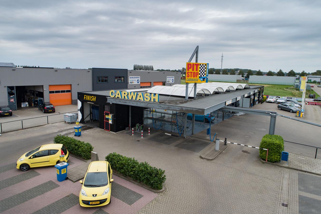 Pitstop Carwash Flevoland in Dronten.