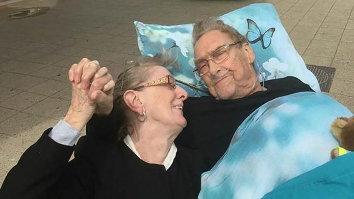 Erika en Martin Doll tijdens hun uitstapje naar Scheveningen