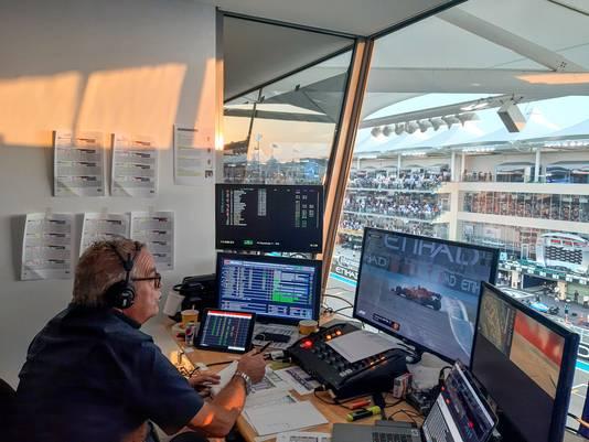 2019 Formule 1 commentator Olav Mol in zijn commentaarpositie