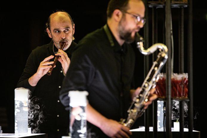 De voorstelling Balsam van het Vlaamse Laika en muziekensemble Zefiro Torno  .