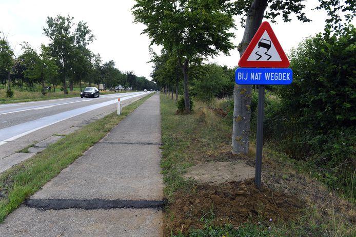 Buurtbewoners waarschuwden vorige maand al voor 'levensgevaarlijke asfaltstroken' waar Christophe (26) om het leven kwam.