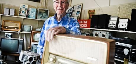 Hoe Radio Redemeijer uit Hengelo overeind blijft in de  woelige wereld van radio's, televisies en huishoudelijke artikelen