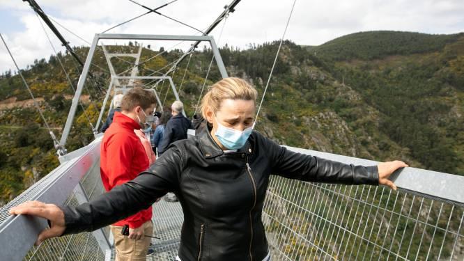 Langste wandelhangbrug ter wereld officieel geopend in Portugal