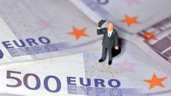 Hoeveel Belgische bedienden verdienen meer dan 2.100 euro netto?