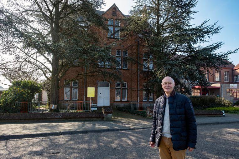 Oud-burgemeester en gemeenteraadslid Hofmans wil de afbraakwerken van kloostergebouw tegenhouden.