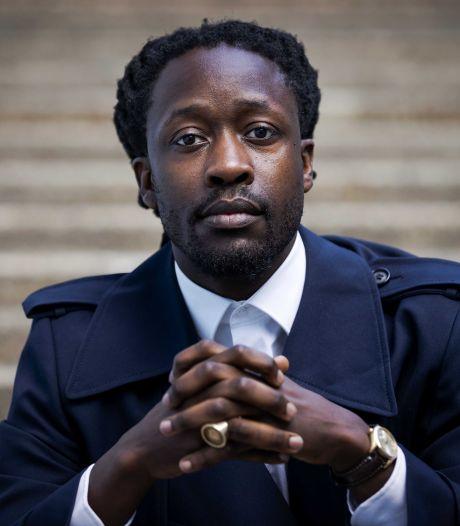 Akwasi reageert op aangiftes: 'Fijner om over mij te hebben, dan over racisme'